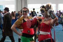 Robin and Harley Quinn pose in the SDCC lobby