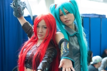 Katarina and Hatsune Miku pose for the camera.